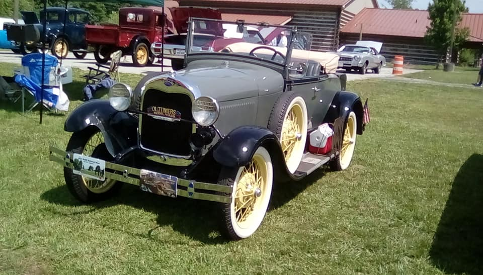 Our car club is a local region of the National Antique Automobile Club of America. We are based in Hendersonville NC with a chapter located in Forest City.